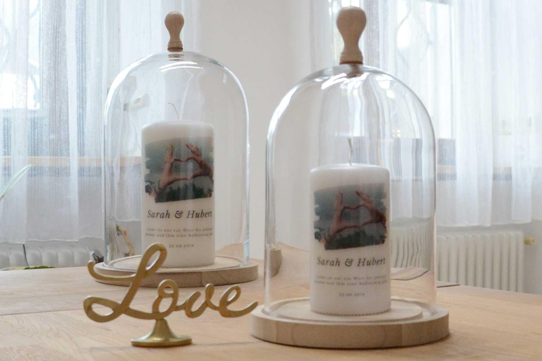 Personalisierte Hochzeitskerze mit Foto in Glasglocke