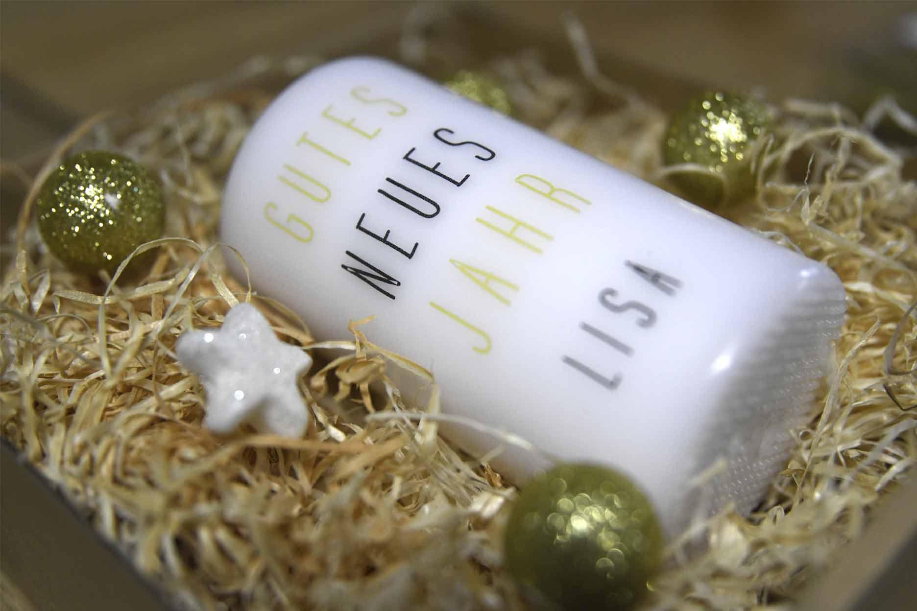 Personalisierte Kerze Stumpen Motiv Gutes neues Jahr